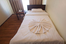 Hotel yambu single bed room
